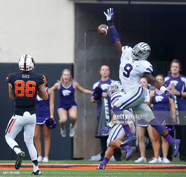 Kansas State linebacker Elijah Lee swats down a pass to Oklahoma State wide receiver Austin Parker on a twopoint conversion at Boone Pickens Stadium...