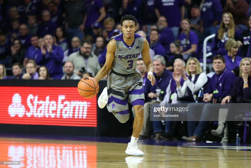 COLLEGE BASKETBALL: JAN 01 West Virginia at Kansas State : News Photo