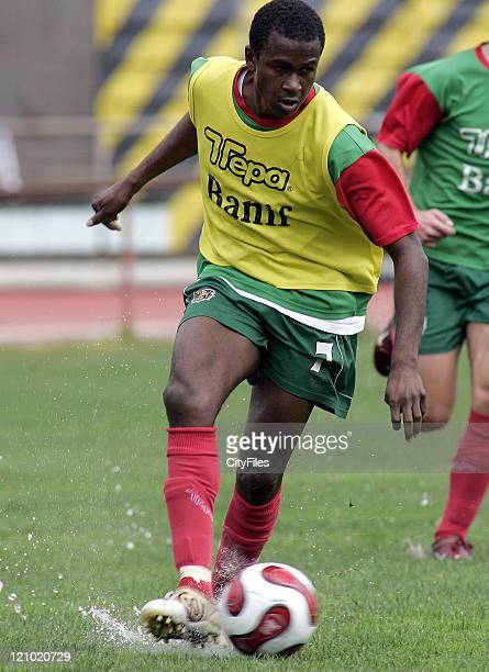 Kanu in action during Maritimo training session in Funchal Portugal on January 25 2007