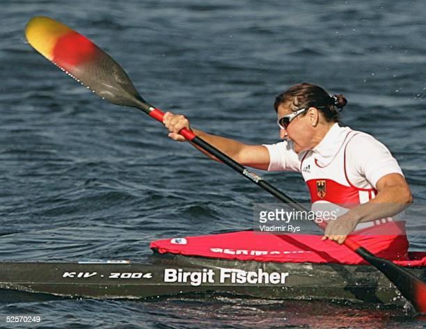 Kanu Olympische Spiele Athen 2004 Athen Kanu Rennsport / Kajak K4 500m / Frauen Birgit FISCHER / GER 230804