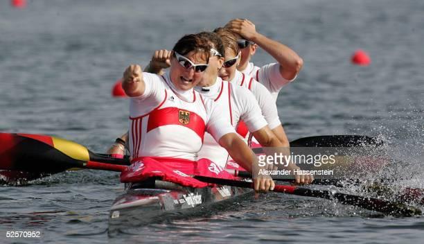 Kanu: Olympische Spiele Athen 2004, Athen; Kanu Rennsport / Kajak K4 500m / Frauen; Gold: Birgit FISCHER, Maike NOLLEN, Katrin WAGNER, Carolin...