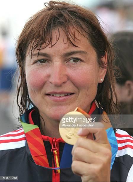 Kanu Olympische Spiele Athen 2004 Athen Kanu Rennsport / Kajak K4 500m / Frauen Birgit FISCHER / GER Gold 270804