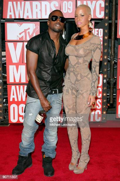 Kanye West and Amber Rose arrive at the 2009 MTV Video Music Awards at Radio City Music Hall on September 13 2009 in New York City