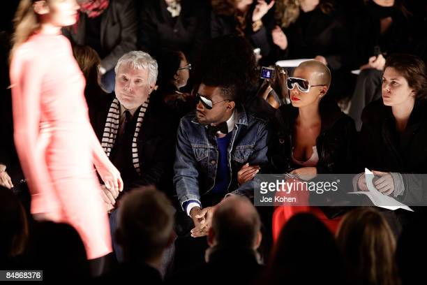 Amber Rose And Kanye West Photos et images de collection ...