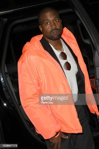 Kanye West arrives at the Ralph Lauren fashion show during New York Fashion Week at Bethesda Terrace on September 7 2018 in New York City