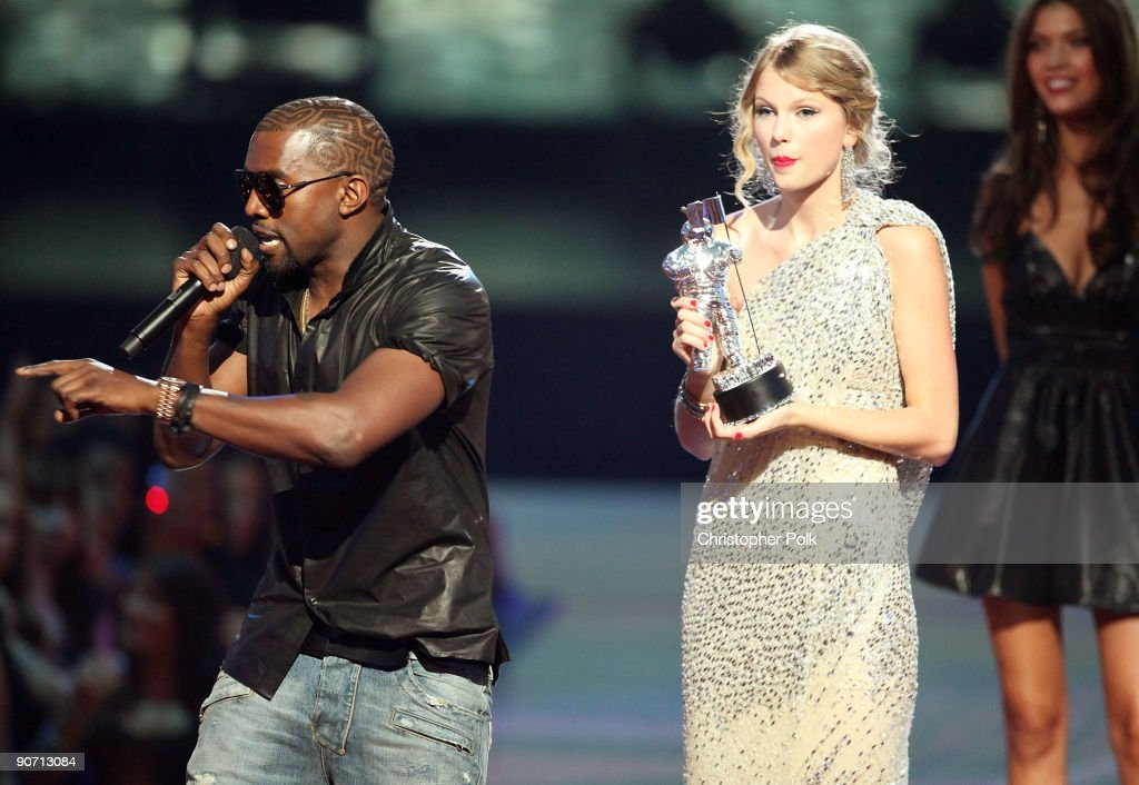 2009 MTV Video Music Awards - Show : News Photo