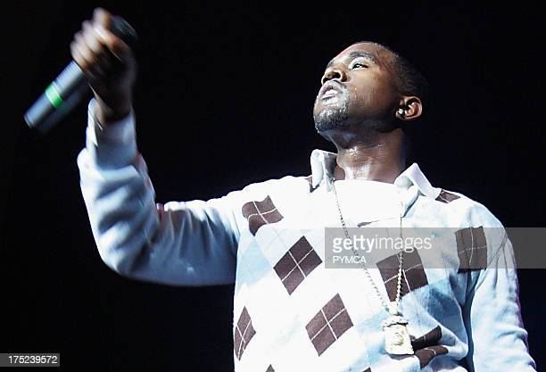 Kanye West live in concert Brixton Academy London 22/11/04