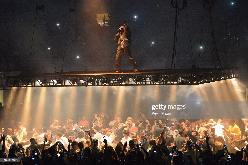 Delightful Kanye West Performs During The Saint Pablo Tour At Madison Square Garden On  September 5, Amazing Ideas