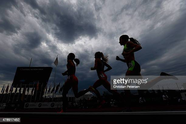 Kara Goucher Alycia Cridebring and Amanda Mergaert compete in the Women's 5000 Meter Run final during day four of the 2015 USA Outdoor Track Field...