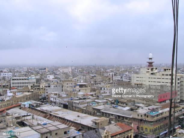 karachi -a high angle view of the city - karachi fotografías e imágenes de stock