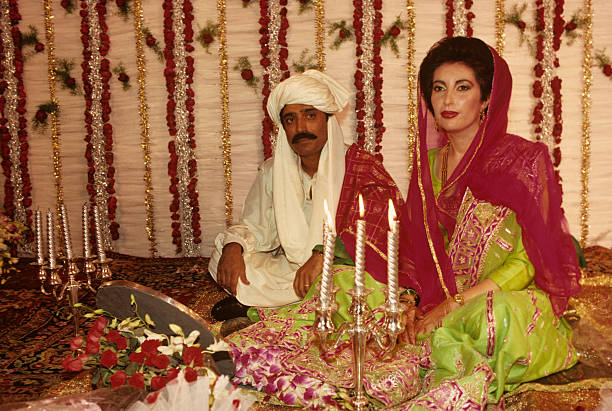 Benazir Bhutto return and wedding to Asif al Zardari ...