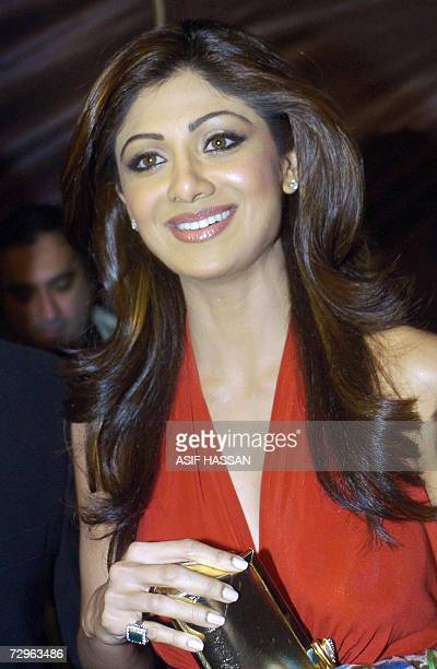 Indian actress Shilpa Shetty arrives at the Lux Carnival de Couture fashion show in Karachi in Pakistan 09 December 2006 Shetty the glamorous...