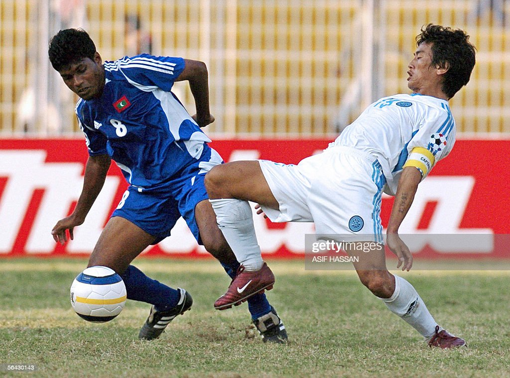 Maldives soccer player Jameel Mohamed (L : News Photo