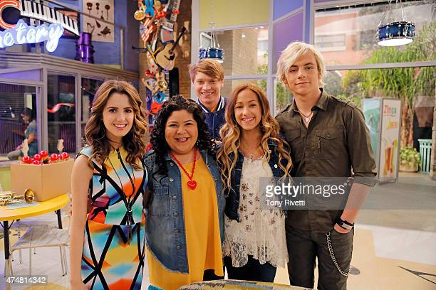 AUSTIN ALLY Karaoke Kalamity Desperate to perform again Austin begins singing at a karaoke club in disguise Back at the AA Music Factory Ally mentors...