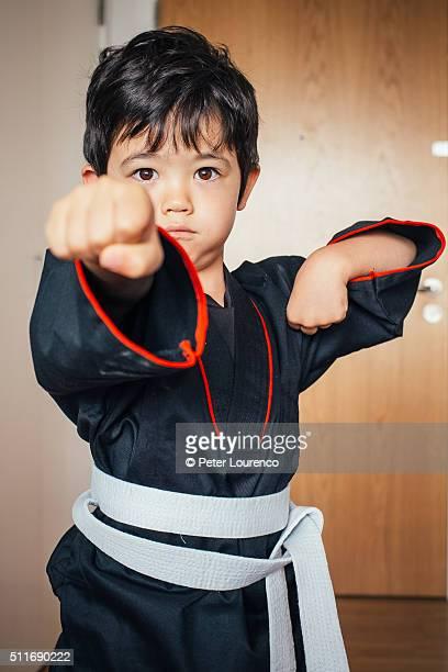 karate kid - peter lourenco stock-fotos und bilder