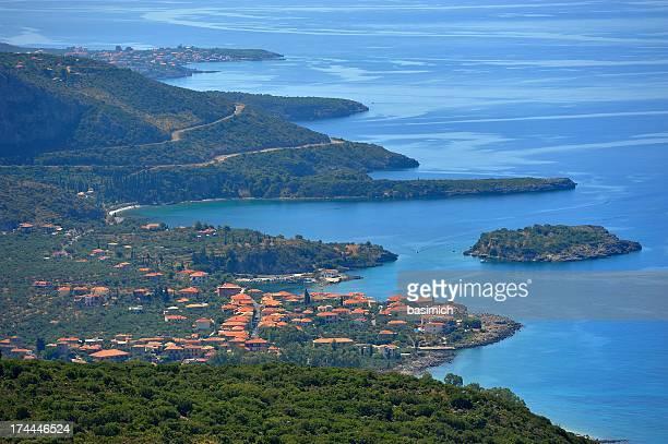 kardamyli-sea hues and shades, deep green area - messenia fotografías e imágenes de stock