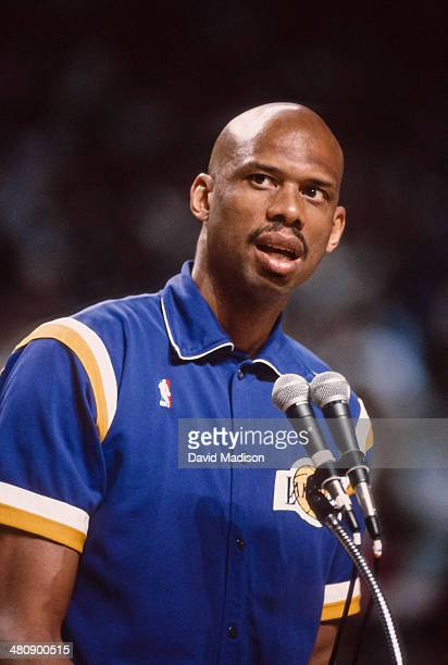 Kareem Abdul Jabbar of the Los Angeles Lakers speaks to the crowd prior to an NBA game against the Sacramento Kings played on March 23 1989 at Arco...