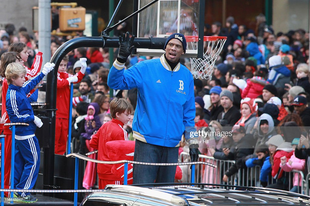 Kareem Abdul-Jabbar attends the 86th Annual Macy's Thanksgiving Day Parade on November 22, 2012 in New York City.