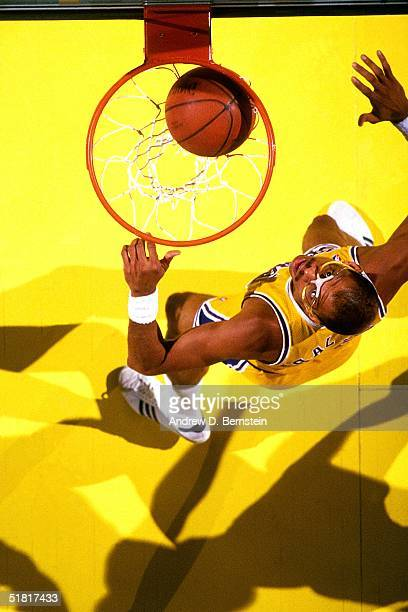 Kareem AbdulJabbar of the Los Angeles Lakers waits for a possible rebound during an NBA game circa 1987 at the Forum in Inglewood California NOTE TO...