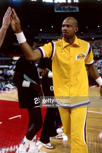 Kareem AbdulJabbar of the Western Conference AllStars is introduced prior to the start of the 1989 NBA AllStar Game at The Astrodome on February 12...