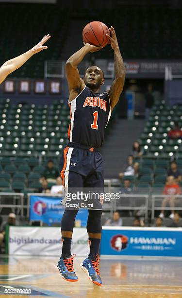Kareem Canty of the Auburn Tigers shoots the ball against the New Mexico Lobos at the Stan Sheriff Center during the Diamond Head Classic on December...
