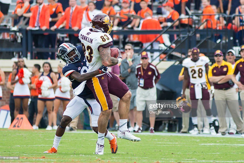 Central Michigan v Virginia : News Photo