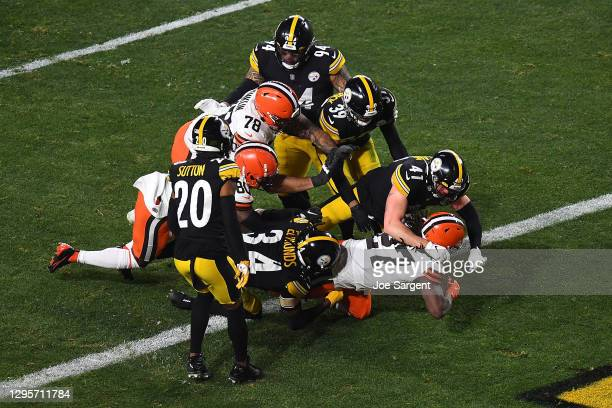 Kareem Hunt of the Cleveland Browns scores a touchdown during the first half of the AFC Wild Card Playoff game against the Pittsburgh Steelersat...