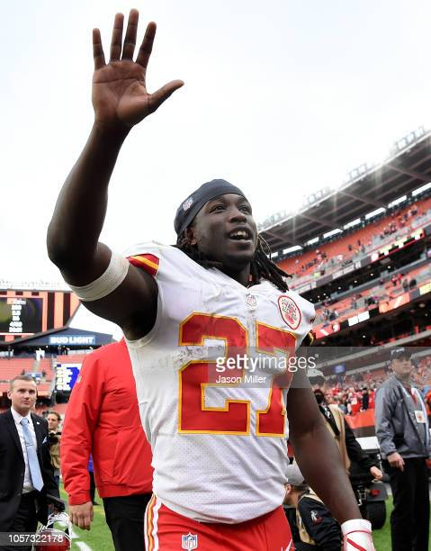 Kareem Hunt of the Kansas City Chiefs acknowledges the crowd after a 3721 win over the Cleveland Browns at FirstEnergy Stadium on November 4 2018 in...