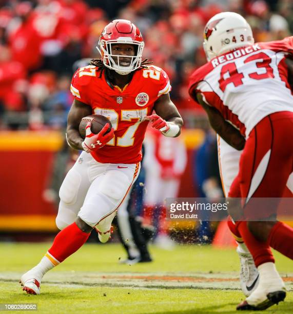 Kareem Hunt of the Kansas City Chiefs carries the ball during the first half of the game against the Arizona Cardinals at Arrowhead Stadium on...
