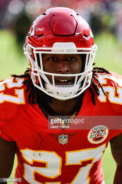 Kareem Hunt of the Kansas City Chiefs prepares to make a block during pre game drills prior to the game against the Arizona Cardinals at Arrowhead...