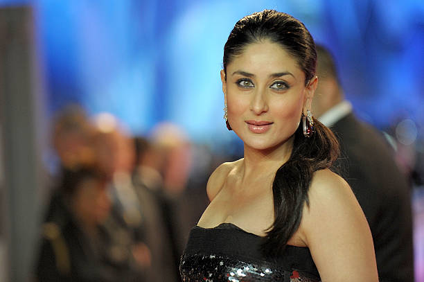 Kareena Kapoor attends the UK premiere of RA One at 02 Arena on October 25, 2011 in London, England.