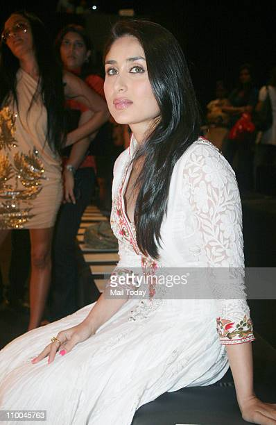 Kareena Kapoor on day 3 of Lakme Fashion Week Summer Resort 2011 at Grand Hyatt Mumbai on March 12 2011