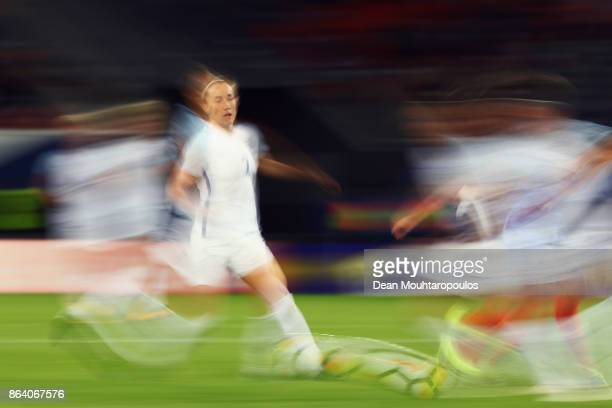 Karen Carney of England in action during the International friendly match between France and England held at Stade du Hainaut on October 20 2017 in...