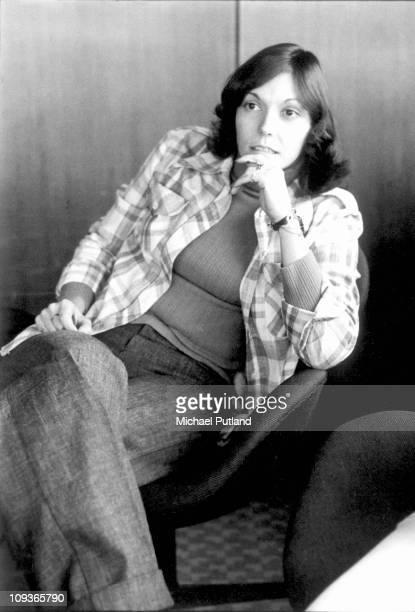 Karen Carpenter of the Carpenters in Europe 1975