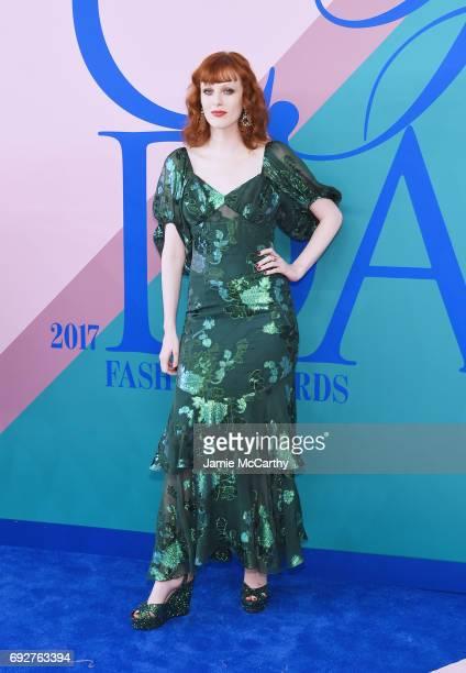 Karen Elson attends the 2017 CFDA Fashion Awards at Hammerstein Ballroom on June 5 2017 in New York City