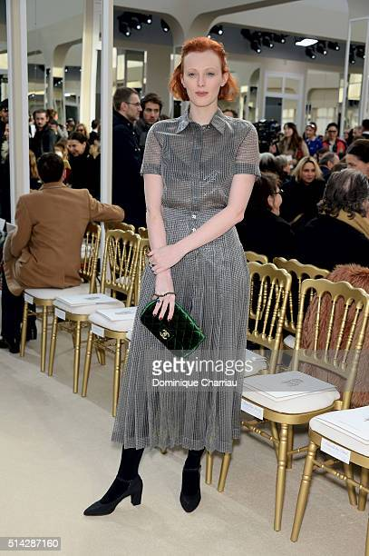Karen Elson attends the Chanel show as part of the Paris Fashion Week Womenswear Fall/Winter 2016/2017 on March 8, 2016 in Paris, France.