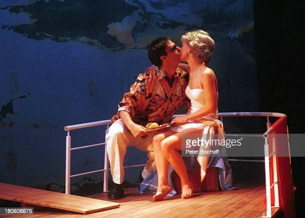 """Karen Gillingham , Darsteller des """"Dodi Al Fayed"""" , Wolfen, Musical """"Lady Di - Diana; Ein Lächeln verzaubert die Welt"""", Weltpremiere, Schauspielerin,..."""