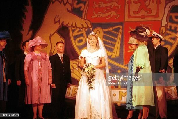 """Karen Gillingham , Schauspieler, Wolfen, Musical """"Lady Di - Diana; Ein Lächeln verzaubert die Welt"""", Weltpremiere, Schauspielerin, Bühne, Probe,..."""