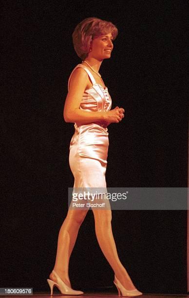 """Karen Gillingham , Wolfen, Musical """"Lady Di - Diana; Ein Lächeln verzaubert die Welt"""", Weltpremiere, Schauspielerin, Bühne, Probe, Aufführung,..."""