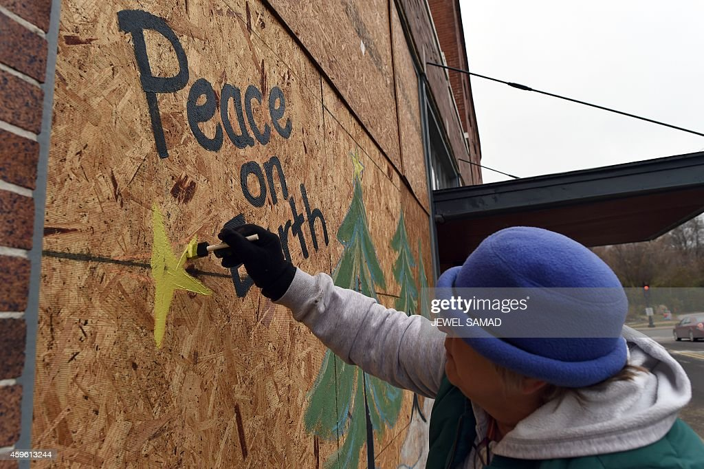 Ferguson Faces Unrest And Destruction As Thanksgiving Holiday ...