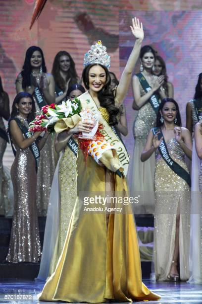Karen Ibasco waves to the crowd after getting crowned as the new Miss Earth 2017 during the coronation night at the Mall of Asia Arena in Pasay City...
