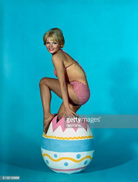 Karen Jensen star of Universal's comedy Out of Sights is not the type of chick who'd pop out of an Easter egg But if she did the male population...