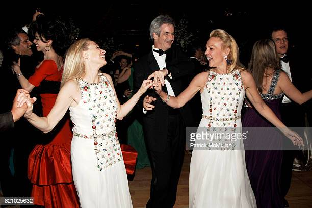 Karen LeFrak Kevin McKenzie and Muffie Potter Aston attend AMERICAN BALLET THEATRE 68th Annual Spring Gala at Metropolitan Opera House on May 19 2008...