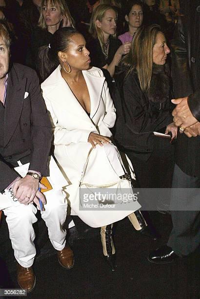 Karen MillardMorris Steve Wonder's wife attends Chloe ReadyToWear FallWinter 20042005 fashion collection March 6 2004 in Paris France