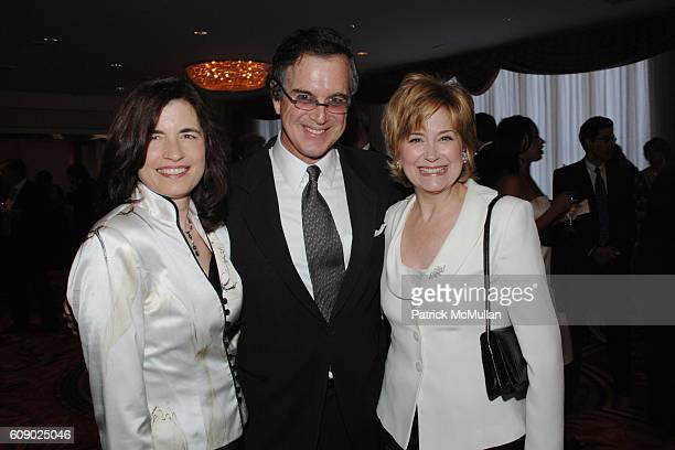 Karen Redlener Garry Trudeau and Jane Pauley attend THE CHILDREN'S HEALTH FUND 20th Anniversary Gala at The Hilton on May 30 2007 in New York City