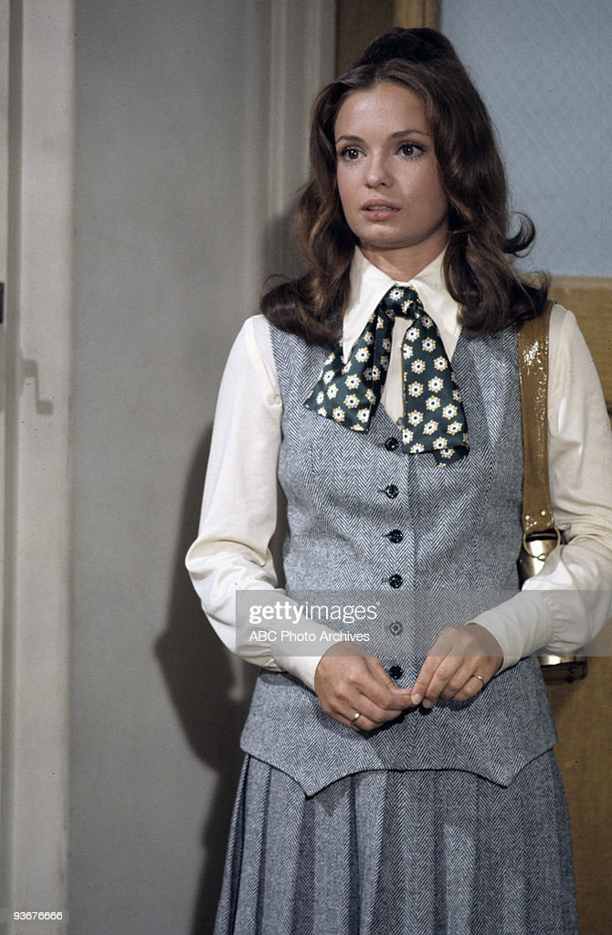 ROOM 222   1970  Karen Valentine,