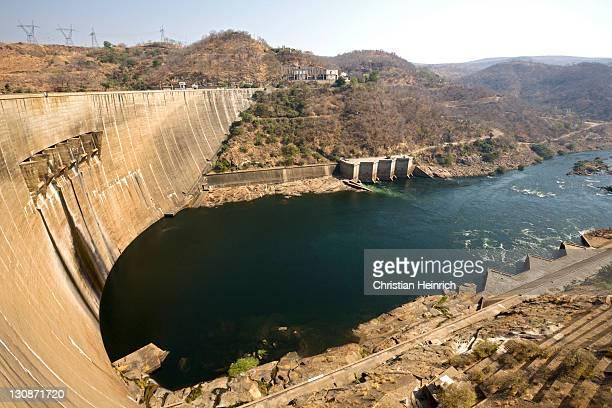 kariba dam, dam wall with hydroelectric plant, zambia, zimbabwe, africa - kariba dam stock pictures, royalty-free photos & images
