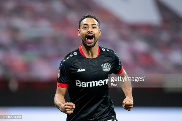 Karim Bellarabi of Bayer 04 Leverkusen celebrates after scoring their fifth goal during the UEFA Europa League Group C stage match between Bayer 04...