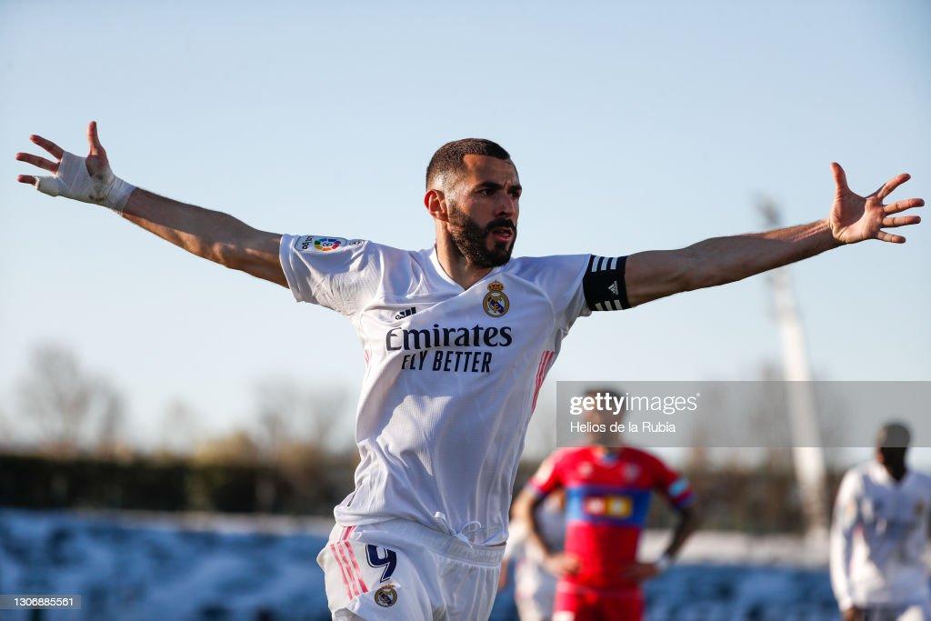 Real Madrid v Elche CF - La Liga Santander : News Photo
