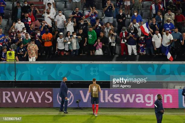 Karim Benzema of France thanking the fans during the UEFA Euro 2020 match between France and Germany at Allianz Arena on June 15, 2021 in Munich,...